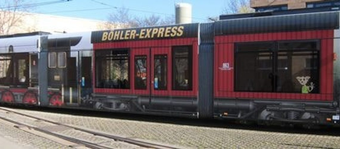 die neue Straßenbahn von Hörzentrum Böhler